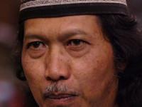 """Emha Ainun Nadjib: Gusti Allah Tidak """"ndeso"""" (Kampungan)"""