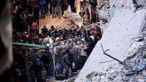 pengungsi kamp Yarmouk dihalangi keluar oleh milisi pemberontak (foto:Ayham Soussef)