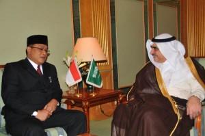 Kepala BNP2TKI, Jumhur Hidayat dan Menteri Tenaga Kerja Arab Saudi,Adel Muhammad Fakieh