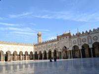 pelataran masjid al-azhar (foto:mas yaqien)