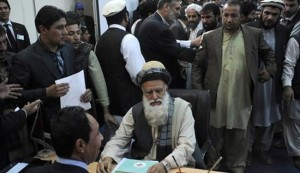 فتح مكاتب الاقتراع للانتخابات الرئاسية في افغانستان