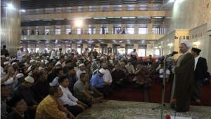 Ayatullah A'rafi ceramah di Istiqlal