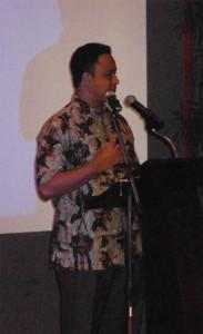 Dr. Anies Baswedan Memberikan Sambutan (foto:LiputanIslam.com)