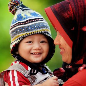 ibu-anak-sholih