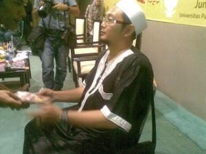 KH Al-Bantani, foto: Liputan Islam