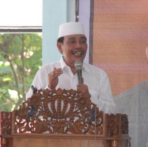 Ketua PWNU Jatim KH Mutawakkil