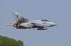 RAF-TornadoF3-ZE831-6