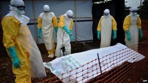 pakaian ebola