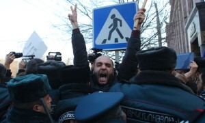 demonstrasi di armenia