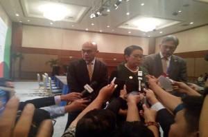 Menlu Retno dalam konferensi pers tentang Yaman (foto: Sindo)