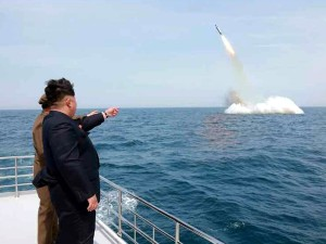 peluncuran rudal kapal selam korut