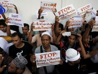 Hanya Dalam Satu Pekan, 22 Ribu Warga Rohingya Kabur dari Myanmar