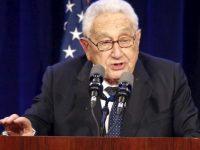 Kissinger: ISIS Harus Dipertahankan Guna Menghambat Laju Iran