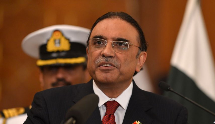 Mantan Presiden Pakistan: Nawaz Sharif Disuap untuk Batalkan Impor Gas dari Iran