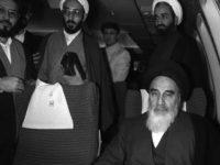 Kesaksian Jurnalis AFP, Dari Paris Ke Teheran Bersama Imam Khomaini