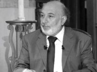 Penulis Arab: Sandal Pemimpin Iran Lebih Berharga dari Otak Trump!