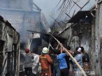 Rabu Siang, Sejumlah Rumah di Matraman Terbakar