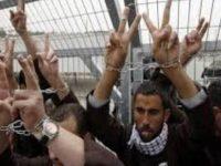 Puluhan Tawanan Palestina Ancam Lakukan Mogok Makan Tak Terbatas
