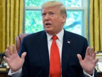 Trump: Saya Tak Berjanji Melindungi Saudi
