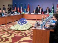 Menlu Iran, M. Javad Zarif, saat sedang menghadiri pertemuan ECO ke-24 di Antalya, Turki.