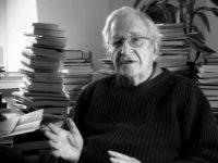 Ilmuwan politik Noam Chomsky. Sumber: Tehrantimes