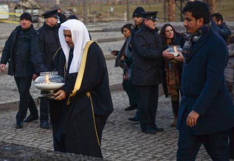 Ulama Saudi Ini Kunjungi Kamp Auschwitz Jelang Peringatan Holocaust