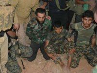 Anggota kelompok teroris Jabhat Al-Nusra yang berhasil ditangkap pasukan pemerintah Suriah. Sumber: Al-Alam