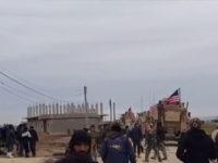 Video: Konvoi Militer AS Diserang Warga Suriah, Tentara Rusia Terlibat?